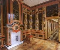 Лаковые росписи дворца