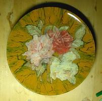 Розы в кракле (тарелка, декупаж)